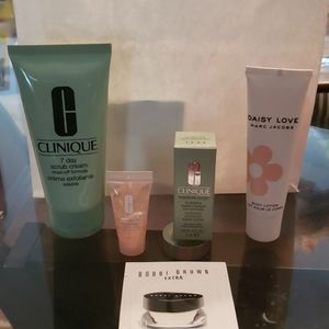 Cosmetic & Clinique BUNDLE
